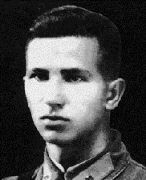 Бурденюк Анатолий Акимович Источник: https://ru.wikipedia.org/wiki/Бурденюк,_Анатолий_Акимович
