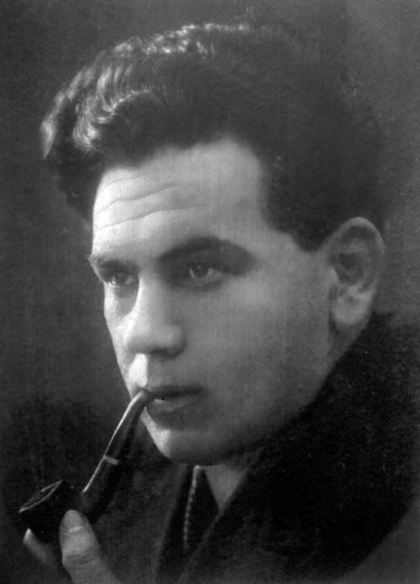В. Южанов. Источник: https://www.kino-teatr.ru/teatr/acter/m/sov/328469/bio
