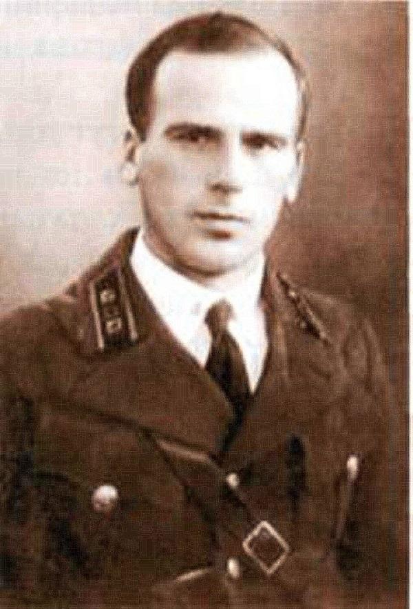Георгий Старков. Источник: http://www.warheroes.ru/hero/hero.asp?photo_id=1108