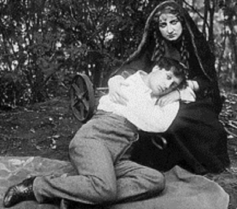 Нина и Павел Гаряновы. Источник: http://chelreglib.ru/ru/news/1809/