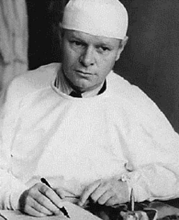 Хирург Тарасов П.М. Источник: http://www.book-chel.ru/ind.php?what=card&id=3658